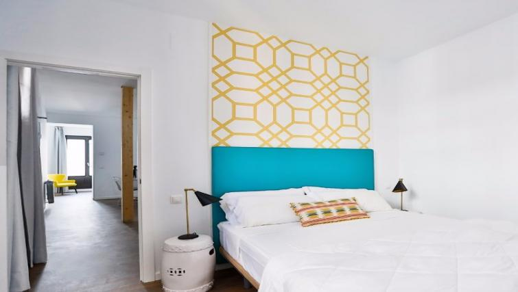 Double bed at Calatrava Double Apartment - Citybase Apartments