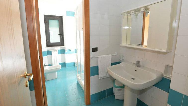 Bathroom at Miramare Residence - Citybase Apartments