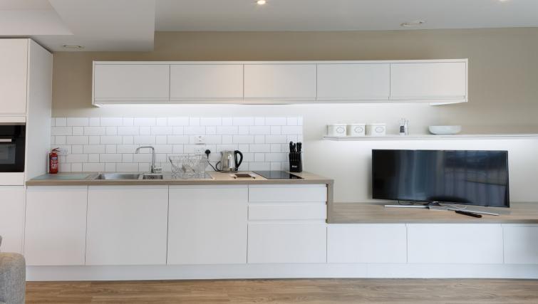 Kitchen at Devonshire Road Apartments - Citybase Apartments