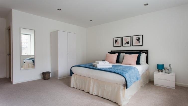 Bedroom at Flying Butler Croydon Apartments - Citybase Apartments