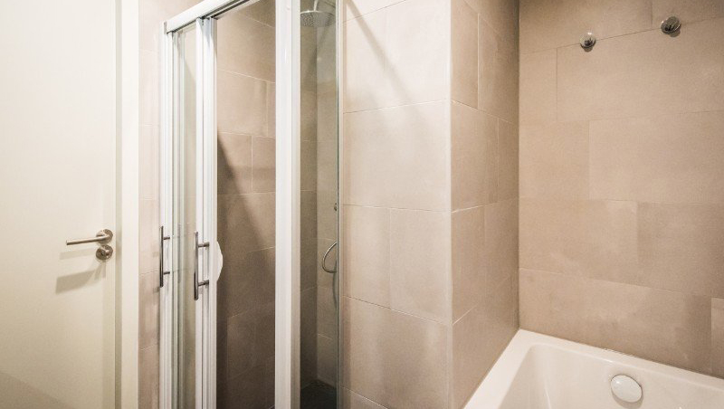 SHower at Eastern Docklands Apartments, Amsterdam - Citybase Apartments