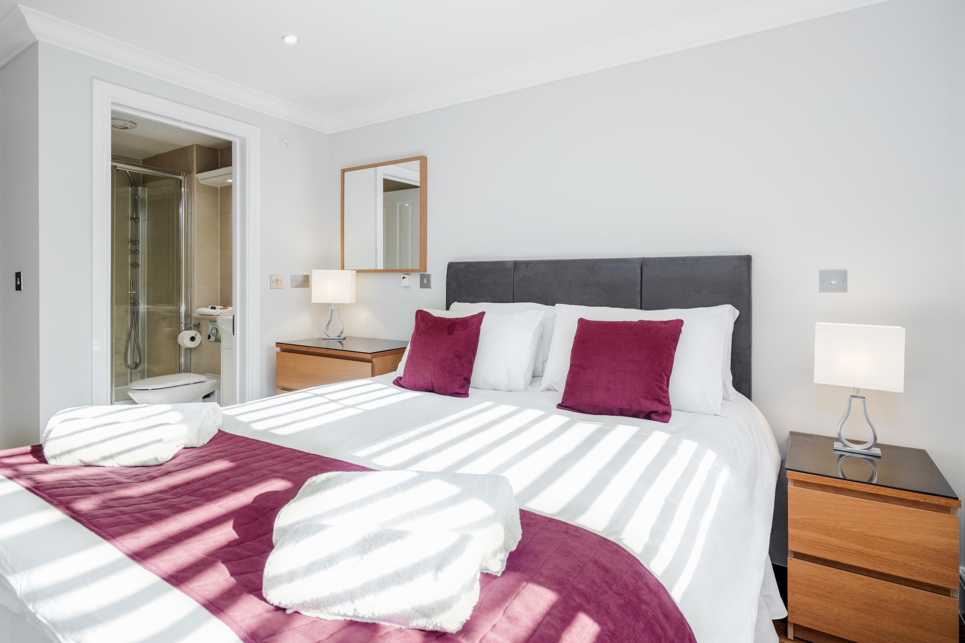 Bedroom at Little Orchard Place Apartments, Centre, Esher - Citybase Apartments
