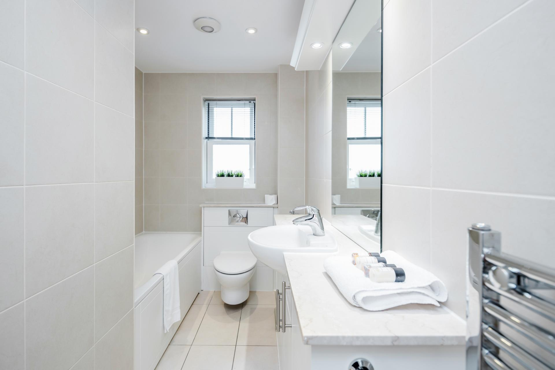 Bathroom at Little Orchard Place Apartments, Centre, Esher - Citybase Apartments