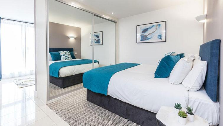 Modern bedroom at KSpace @ The Point Apartments - Citybase Apartments