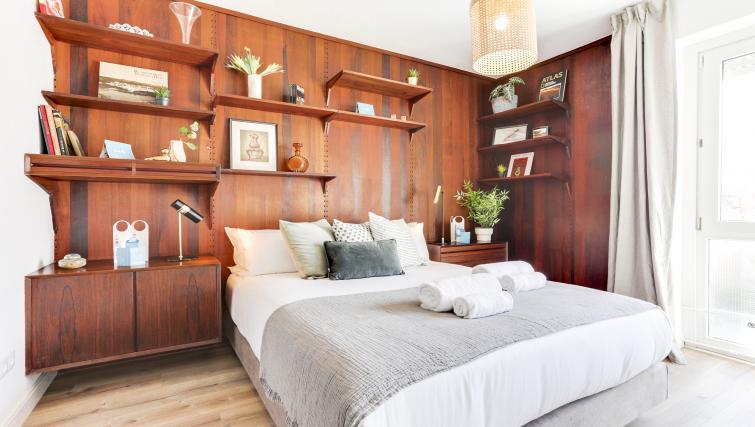 Bedroom at Eixample Borrell Apartment - Citybase Apartments