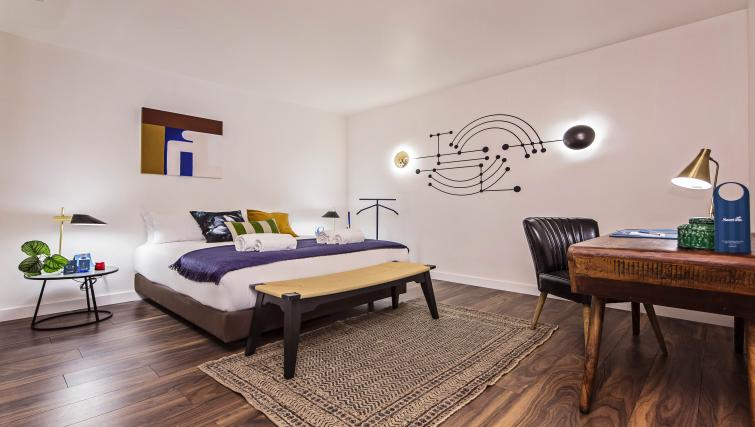 Bedroom at Plaza Espana Fira Apartment - Citybase Apartments