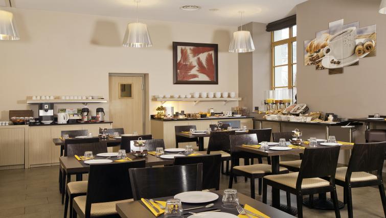 Restaurant at Residhome Caserne De Bonne - Citybase Apartments