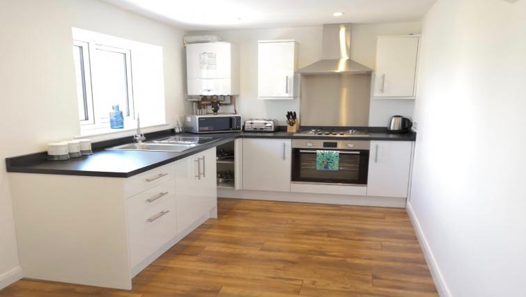 Kitchen facilitties at Rana Court Apartments - Citybase Apartments