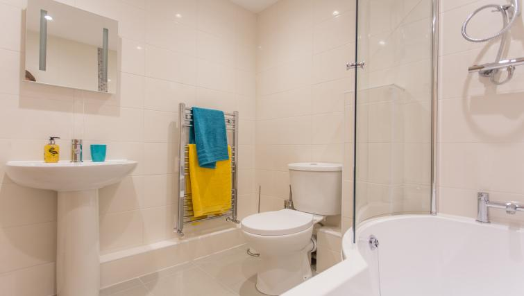 Bathroom at Rana Court Apartments - Citybase Apartments