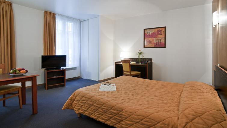 Bedroom at Adagio Access Paris Philippe Auguste - Citybase Apartments