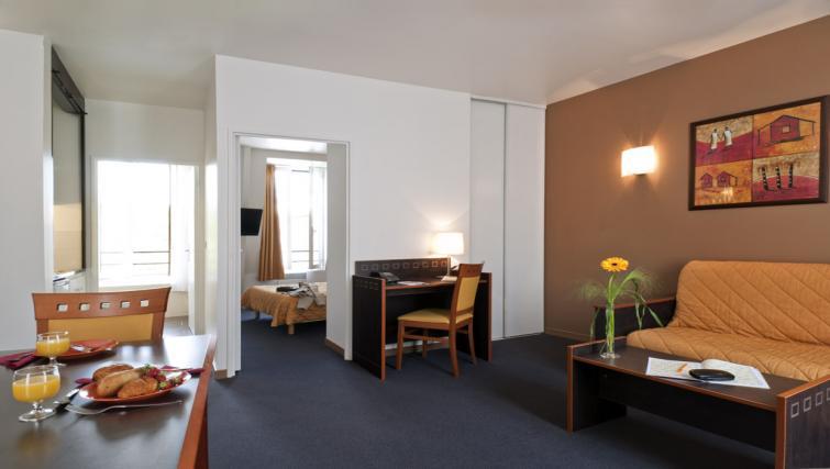 Living room at Adagio Access Paris Philippe Auguste - Citybase Apartments