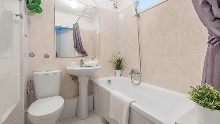 Bathroom at Pulawska Apartment - Citybase Apartments