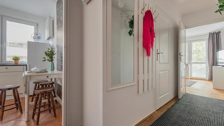 Hallway at Pulawska Apartment - Citybase Apartments