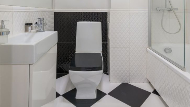Bathroom at Anderesa 2 Serviced Apartment - Citybase Apartments