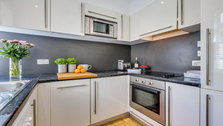Equipped kitchen at Nell Gwynn Chelsea Accommodation - Citybase Apartments