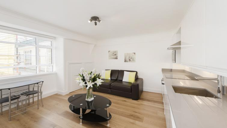 Apartment at Nell Gwynn Chelsea Accommodation - Citybase Apartments