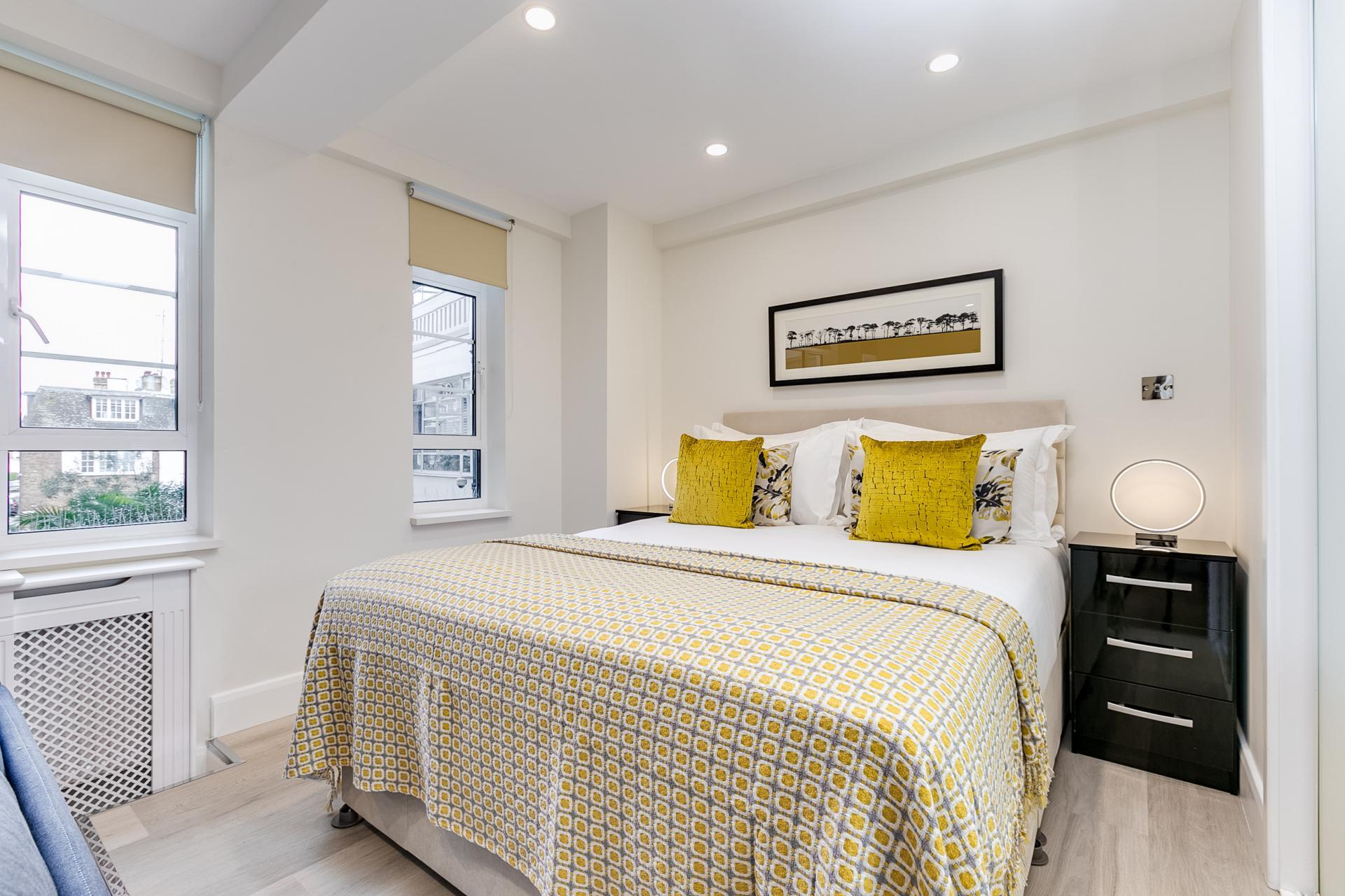 Bedroom at Nell Gwynn Chelsea Accommodation, Chelsea, London - Citybase Apartments