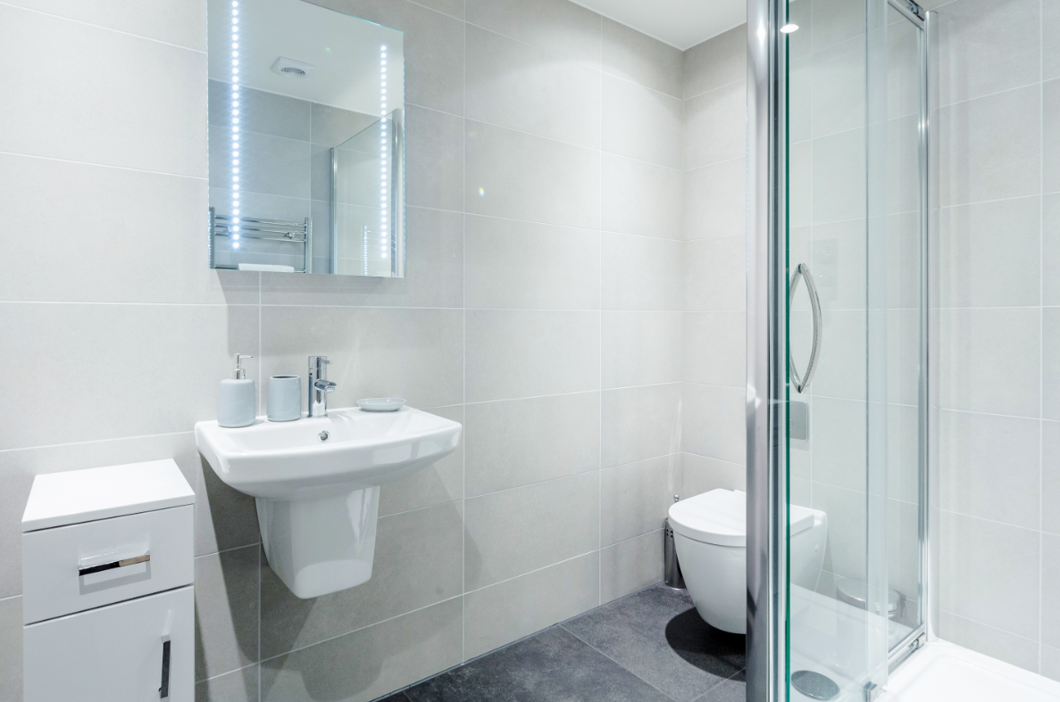 Bathroom at New Compton Apartments, Covent Garden, London - Citybase Apartments