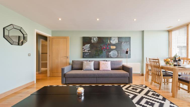 Living area at Barrow Street Serviced Apartments - Citybase Apartments