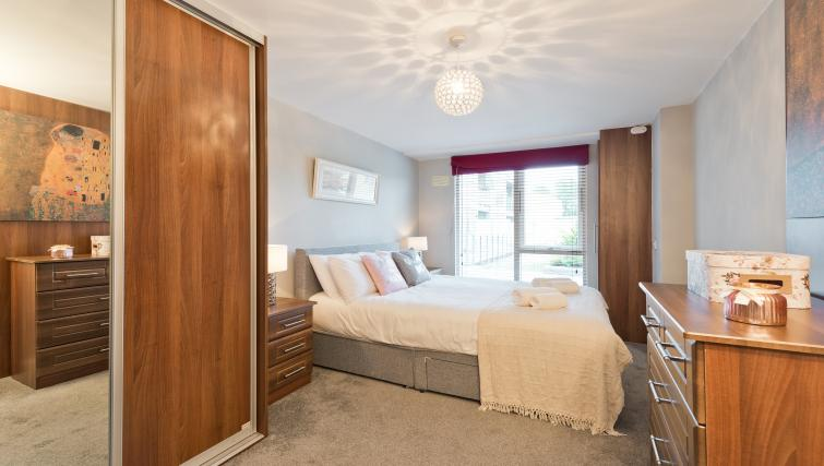 Bedroom at Barrow Street Serviced Apartments - Citybase Apartments