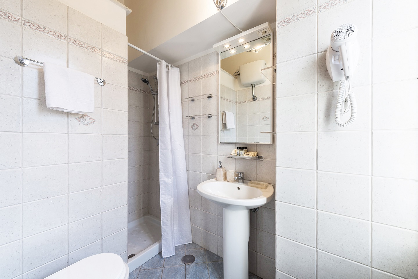 Bathroom at Nazionale Apartments - Citybase Apartments
