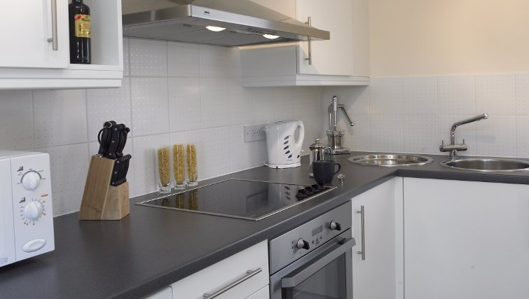 Modern kitchen at Banbury - Citybase Apartments