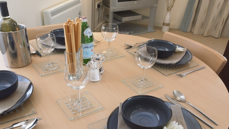 Well equipped kitchen at Banbury - Citybase Apartments