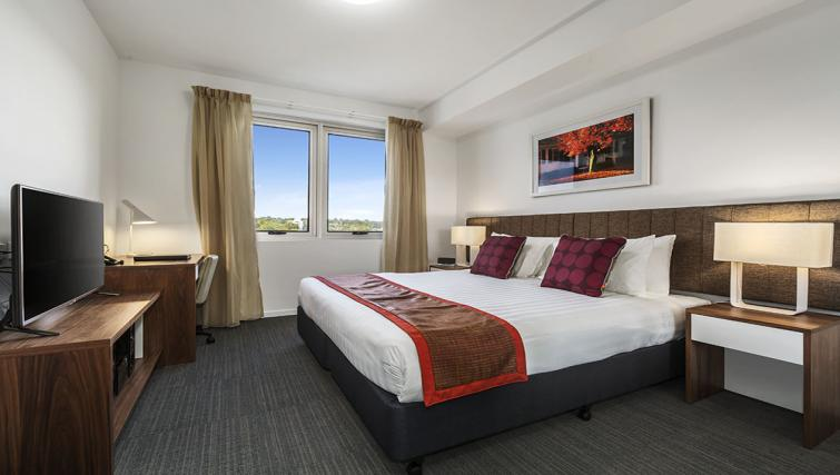 Spacious bedroom at Quest Toowoomba Apartments - Citybase Apartments