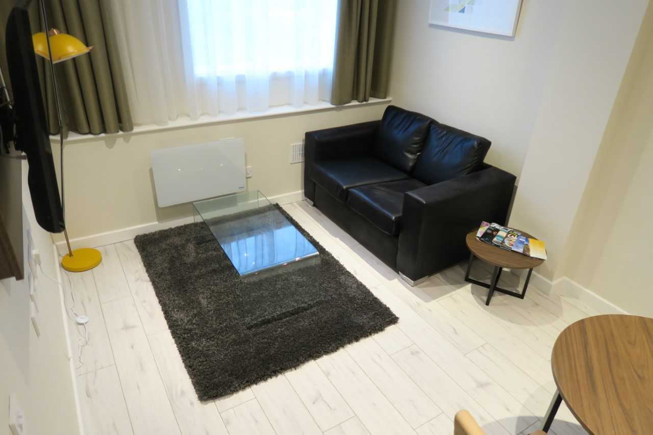 Living room at Quay Apartments Newport - Citybase Apartments
