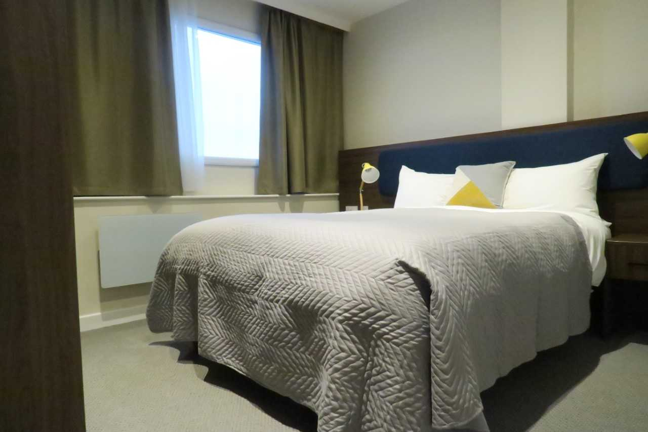 Bedroom at Quay Apartments Newport - Citybase Apartments