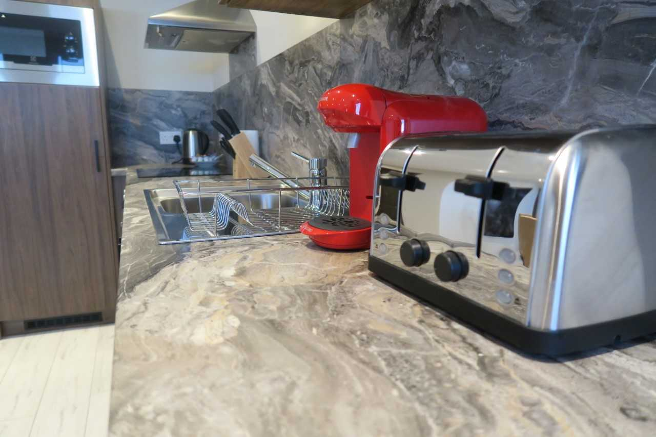 Kitchen appliances at Quay Apartments Newport - Citybase Apartments