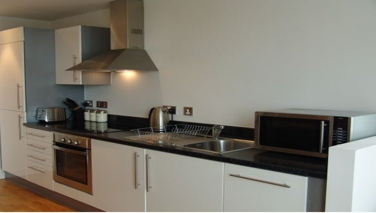 Chic kitchen in the Quay Serviced Apartments - Citybase Apartments