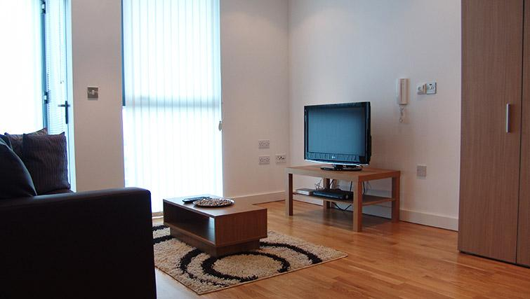 Living area at Quay Serviced Apartments - Citybase Apartments