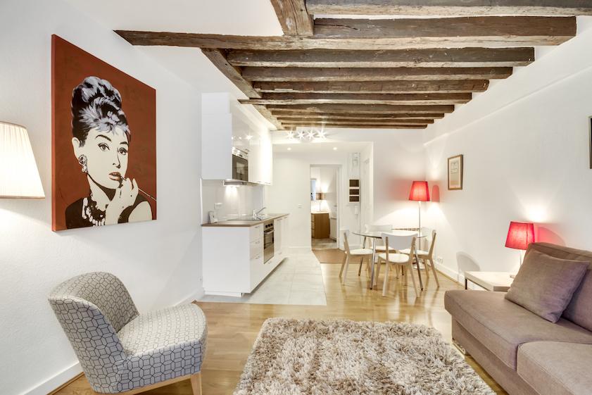 Living room at Rue d'Argout Apartments - Citybase Apartments