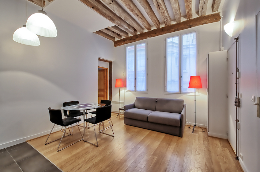 Spacious lounge at Rue d'Argout Apartments - Citybase Apartments