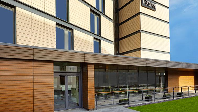 Memorable exterior at Staybridge Suites Newcastle - Citybase Apartments