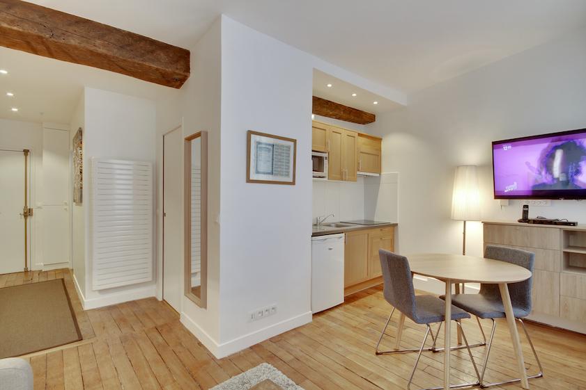 TV at Rue Saint-Sauveur Apartments - Citybase Apartments