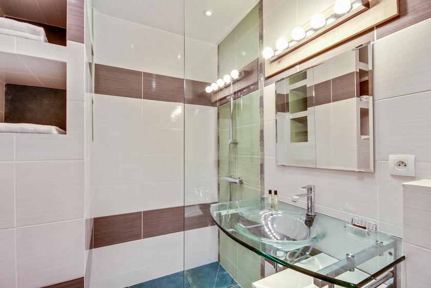 Bathroom fittings at Rue Saint-Sauveur Apartments - Citybase Apartments