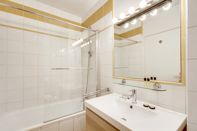 Bathroom at Rue Saint-Sauveur Apartments - Citybase Apartments