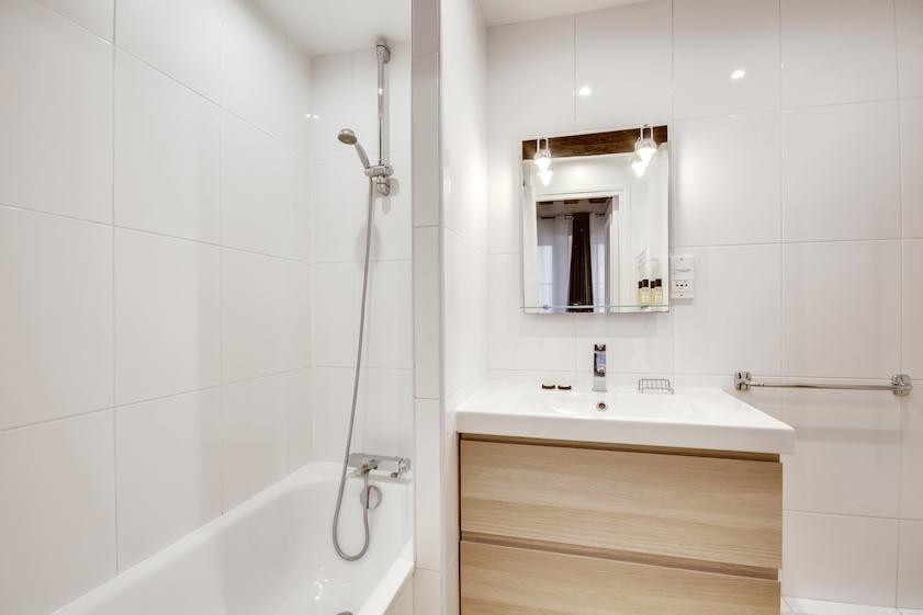 Modern bathroom at Rue Saint-Sauveur Apartments - Citybase Apartments