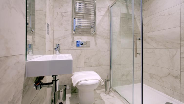 Bathroom at West Hampstead Apartments - Citybase Apartments