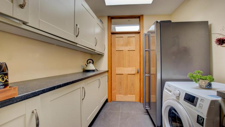 Laundry at Pontcanna Townhouse - Citybase Apartments