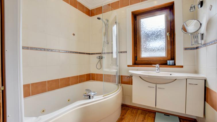 Bathroom at Pontcanna Townhouse - Citybase Apartments