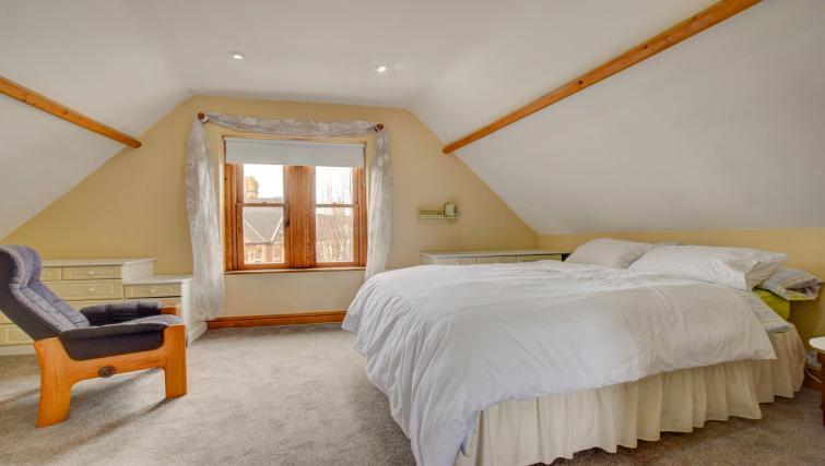Bedroom at Pontcanna Townhouse - Citybase Apartments