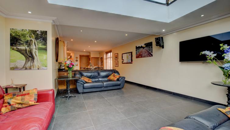 Living room at Pontcanna Townhouse - Citybase Apartments