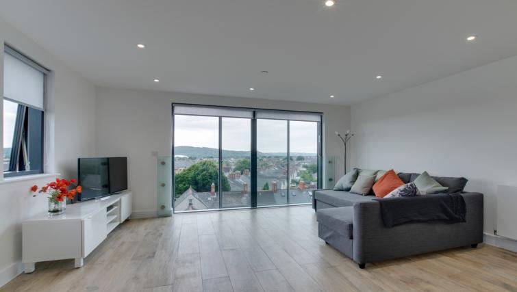 Living room at Pen Dinas Apartment - Citybase Apartments