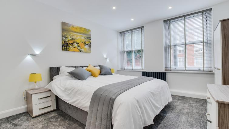 Bedroom at Hafan Y Porth Apartment - Citybase Apartments