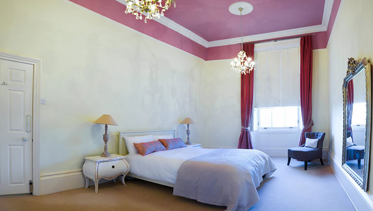 2nd bedroom at 21 Montpelliar House - Citybase Apartments