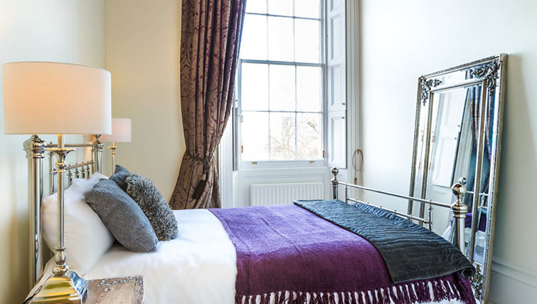 3rd bedroom at 21 Montpelliar House - Citybase Apartments