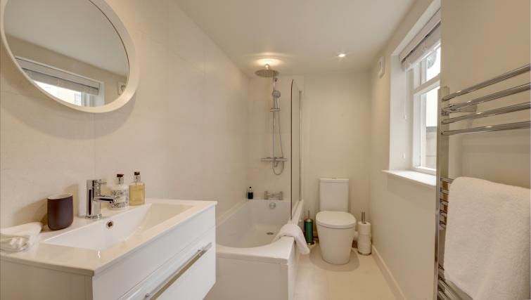 Bathroom at Montpellier Spa Road Apartment - Citybase Apartments